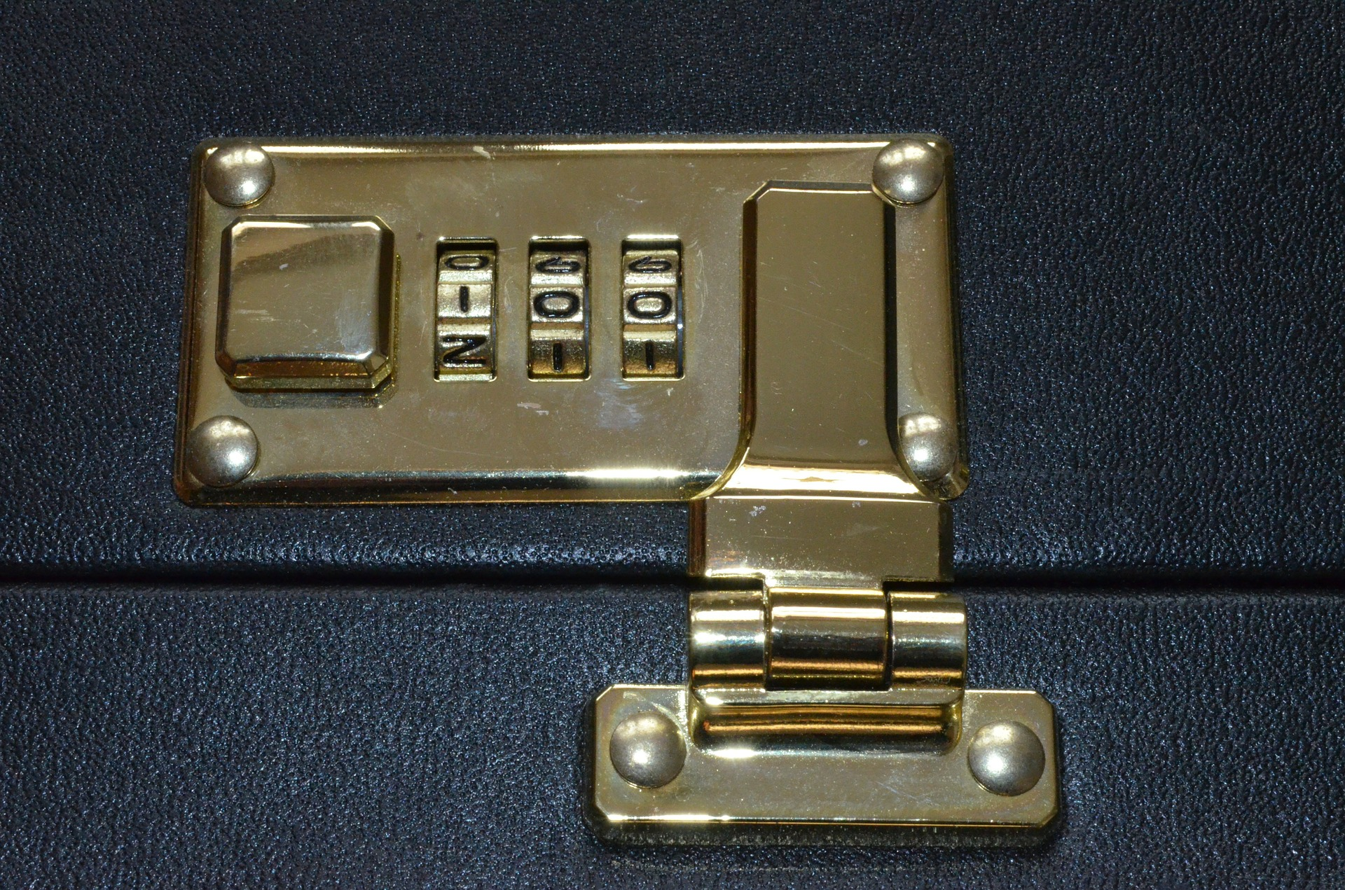 What Is Lock Snapping & How to Prevent Lock Snapping For Good?